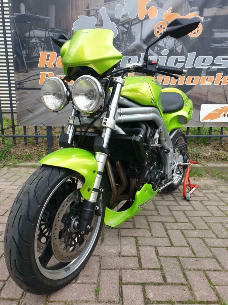 Ros vehicles aanbod - Triumph Speed Triple