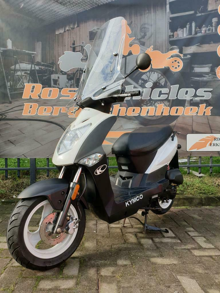 Kymco Agility 12 inch Snorscooter-1