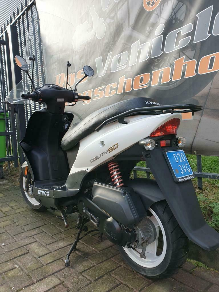 Kymco Agility 12 inch Snorscooter-4