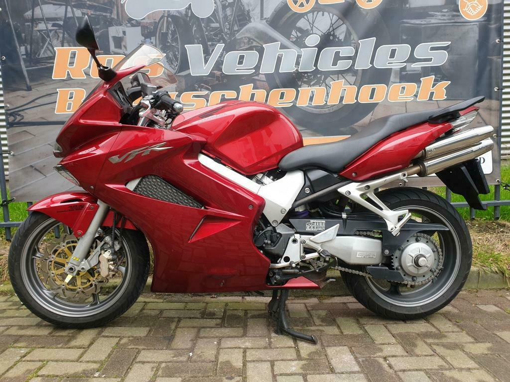 Honda VFR 800 A-6 ABS en Dual Combined Brake Systeem-7