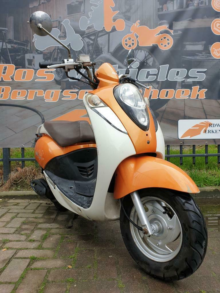 Ros vehicles aanbod - Sym Mio Bromscooter